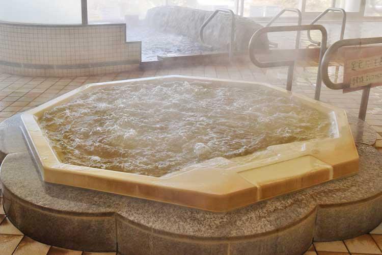 ジャグジー(女湯) 南アルプス釜無川温泉 むかわの湯